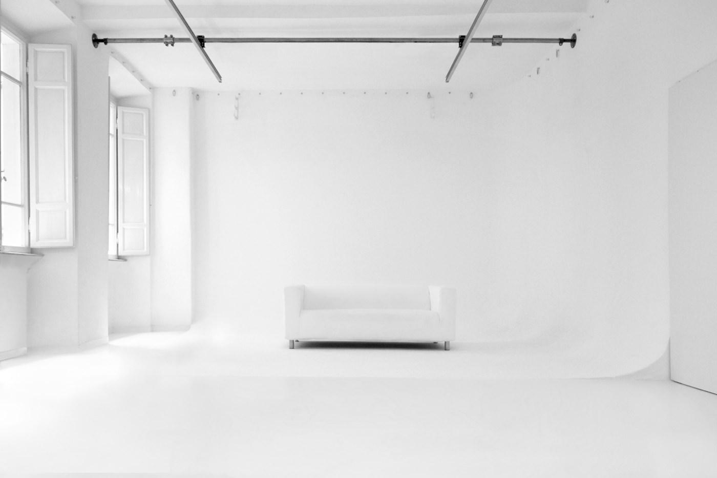 Studio-Fotografico-Limbo-Frontale-1400